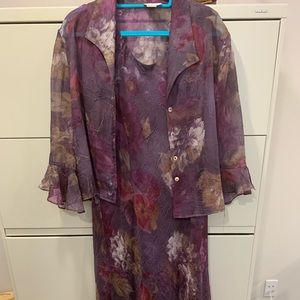 Purple floral gown, ruffled sleeves and bottom!